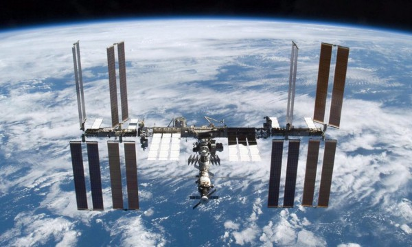 ISS changes course to avoid junk collision